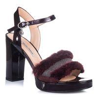 Sandały z futerkiem