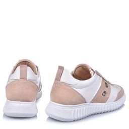 Sneakersy z jetami