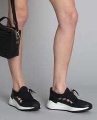 Sneakersy Run 1 Cut
