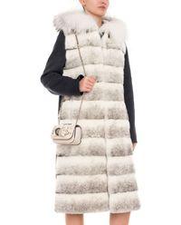 Płaszcz z futrem z norek