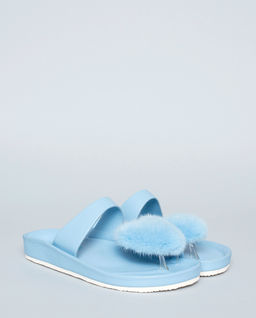Pantofle Slippers