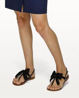 Sandały z kokardą