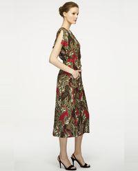 Sukienka z motywem dżungli