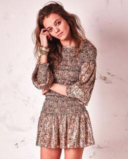 Błyszcząca sukienka z jedwabiu