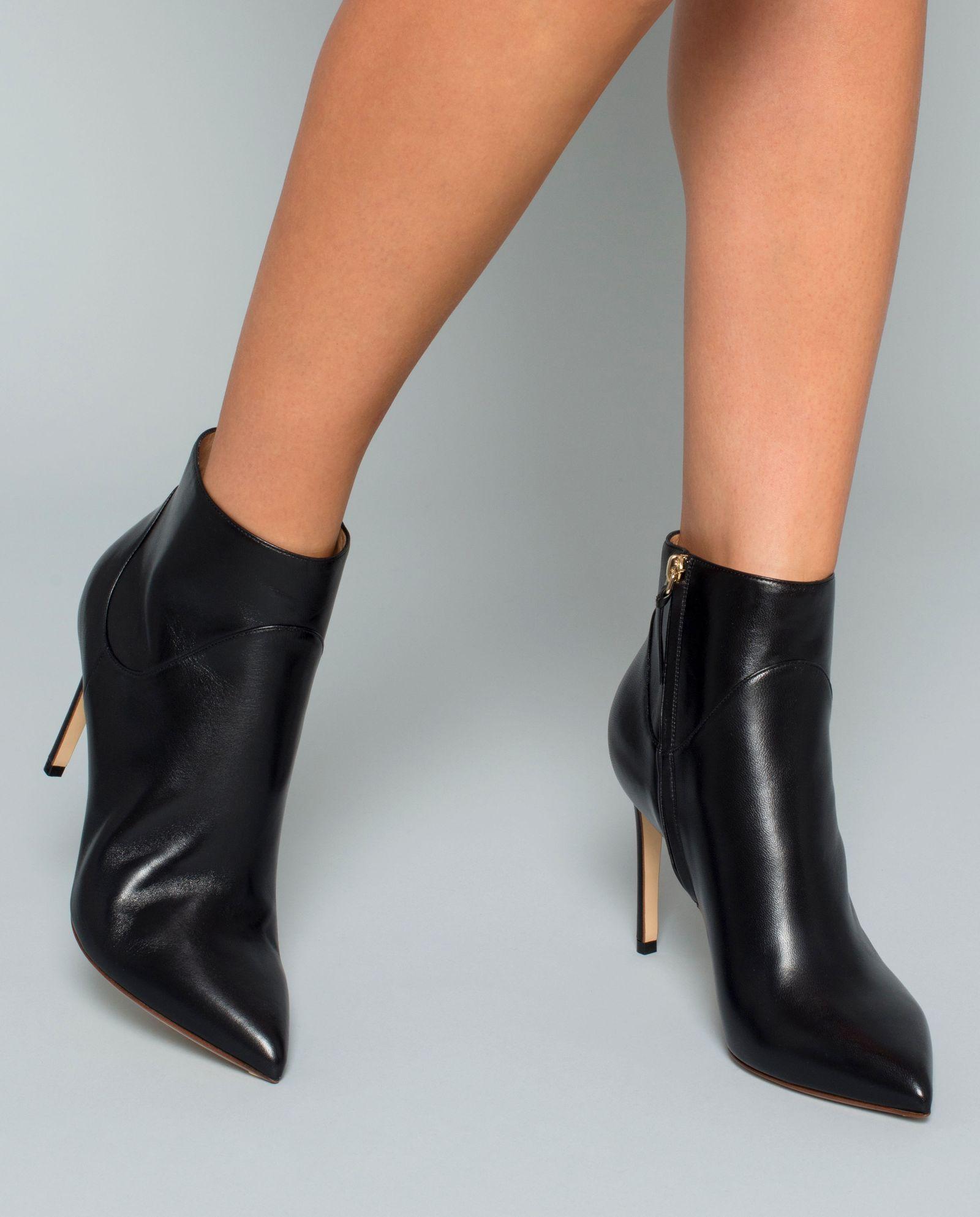 Kožené kotníkové boty na podpatku FRANCESCO RUSSO – Kup teď! Nejlepší ceny  a recenze! Obchod Moliera2.cz. 1e4a733e60