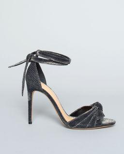 Lesklé sandály