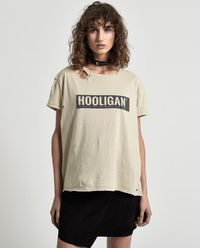 T-shirt Hooligan