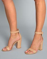 Kožené sandály Versila