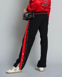 Materiałowe spodnie z zatrzaskami Degno