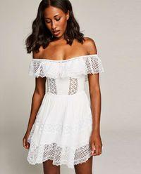 Šaty s holými rameny Vaiana