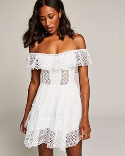 Sukienka z odkrytymi ramionami Vaiana