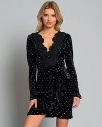 Aksamitna sukienka z kryształami
