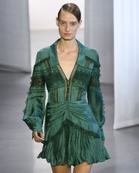 Sukienka z żakardowej koronki