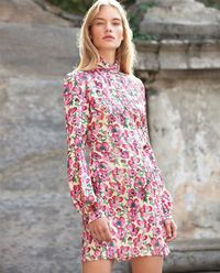 Mini šaty s květinami