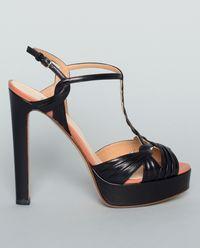 Černé sandály na platformě