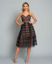 Sukienka z koronkowym wzorem