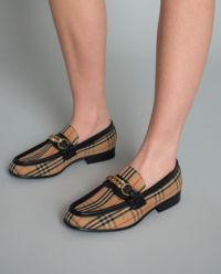 Loafery w kratę