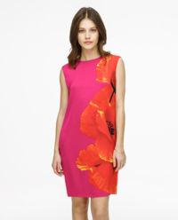 Sukienka z motywem kwiatów