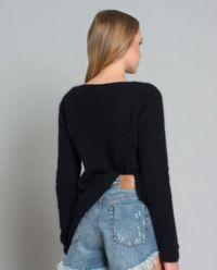 Sweter z wełną