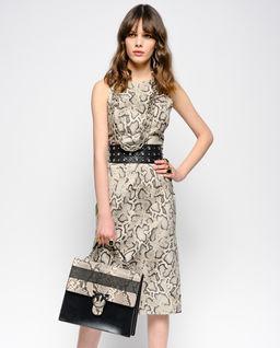 Sukienka w wężowy print