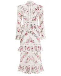 Sukienka w kwiaty z falbankami