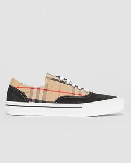 Sneakersy zamszowe w kratę