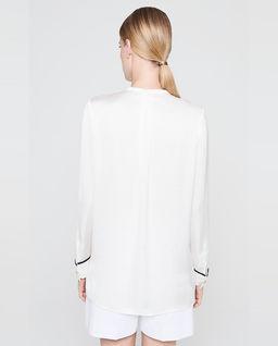 Koszula z kontrastową lamówką