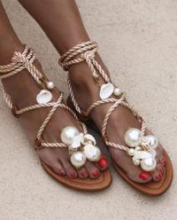 Sandały z perłami Ariel