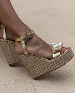 Sandály na klínu Guadeloupe
