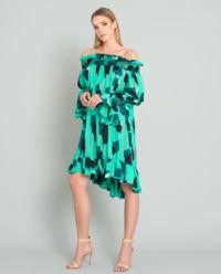 Luźna sukienka z odkrytymi ramionami