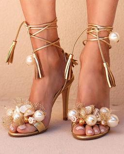 Sandały na szpilce Nassau
