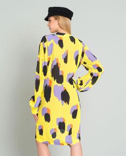 Luźna sukienka mini