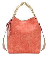 Różowa torebka z paskiem