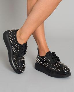 Skórzane sneakersy  z ćwiekami