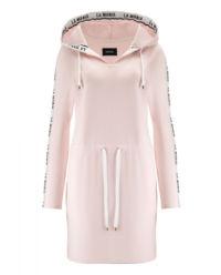 Różowa sukienka Akra
