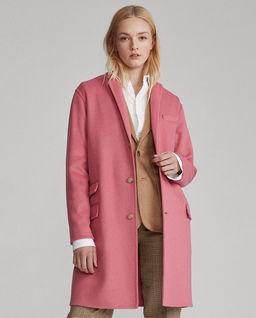 Różowy płaszcz z wełny