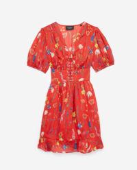 Czerwona sukienka mini w kwiaty