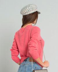Różowy sweter z kaszmiru