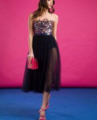 Czarna tiulowa sukienka z gwiazdkami
