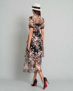 Sukienka w kwiaty z cekinami