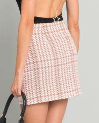 Różowa spódnica w kratę z paskiem