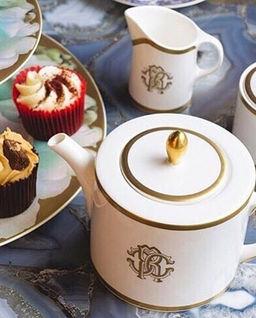 Porcelanowa filiżanka do herbaty Silk Gold