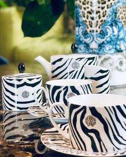 Porcelanowy imbryk Zebrage