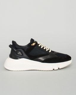 Czarne sneakersy Veloce
