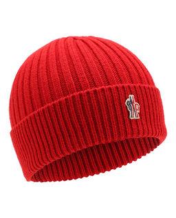 Czerwona czapka z logo