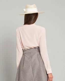 Różowa koszula z wiązaniem