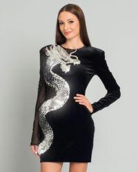 Sukienka ze smokiem