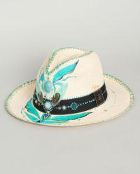 Słomiany kapelusz z kryształami