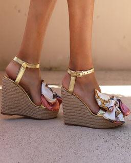 Sandály na klínu Vanilla Pardise