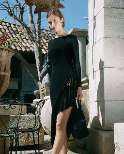 Czarna sukienka Sharona